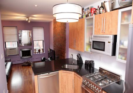 Hopper - 3 - Kitchen