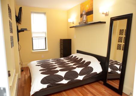 Hopper - 7 - Bedroom