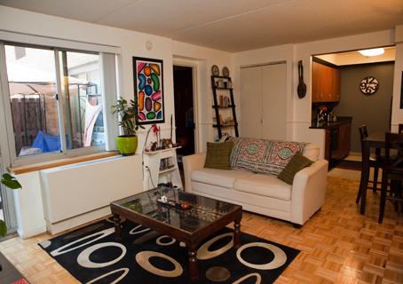 Hidalgo - Living Room